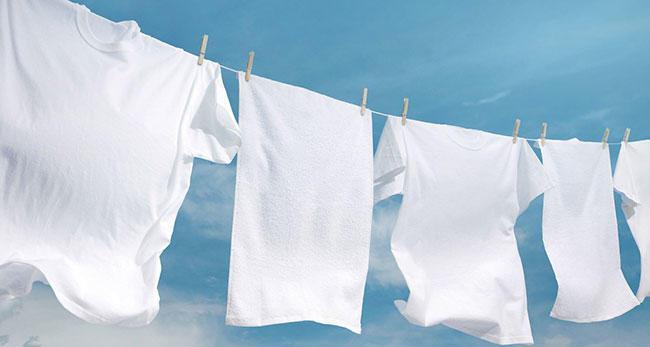 Как избавится от желтых пятен подмышками на белой рубашке советы