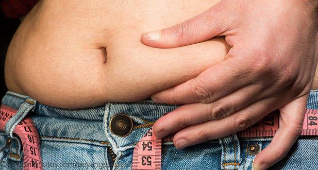 Что поможет убрать жир с живота мужчине