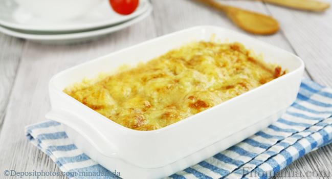 Как запечь картошку в духовке с беконом
