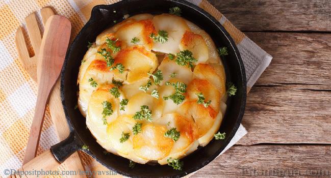 Как запечь картошку в духовке с сыром